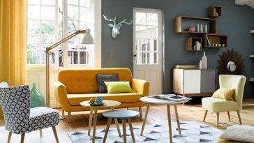 casa en gris y amarillo